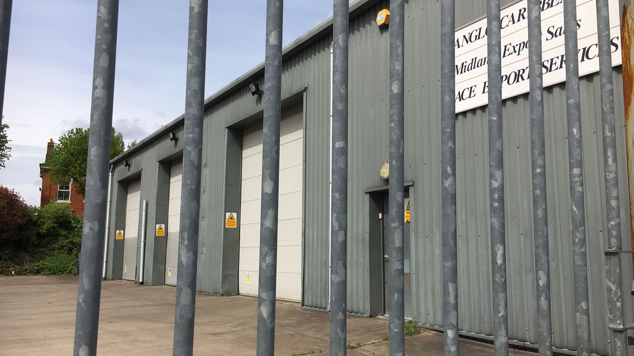 Industrial Unit, Chaters Close, Tipton. DY4 8JQ, Tipton Industrial Property, Tipton West Midlands